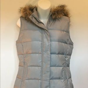 Talbots Puffer Vest with Size S Faux Fur Hood